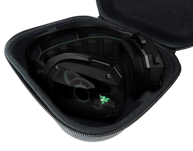 CASEMATIX Travel PC , MAC USB Gaming Headset CarryCase Bag – Fits Razer Kraken Pro 7.1 Chroma , Razer ManO'War , Tiamat , Overwatch ManO'War Tournament Edition Wired or Wireless headphones